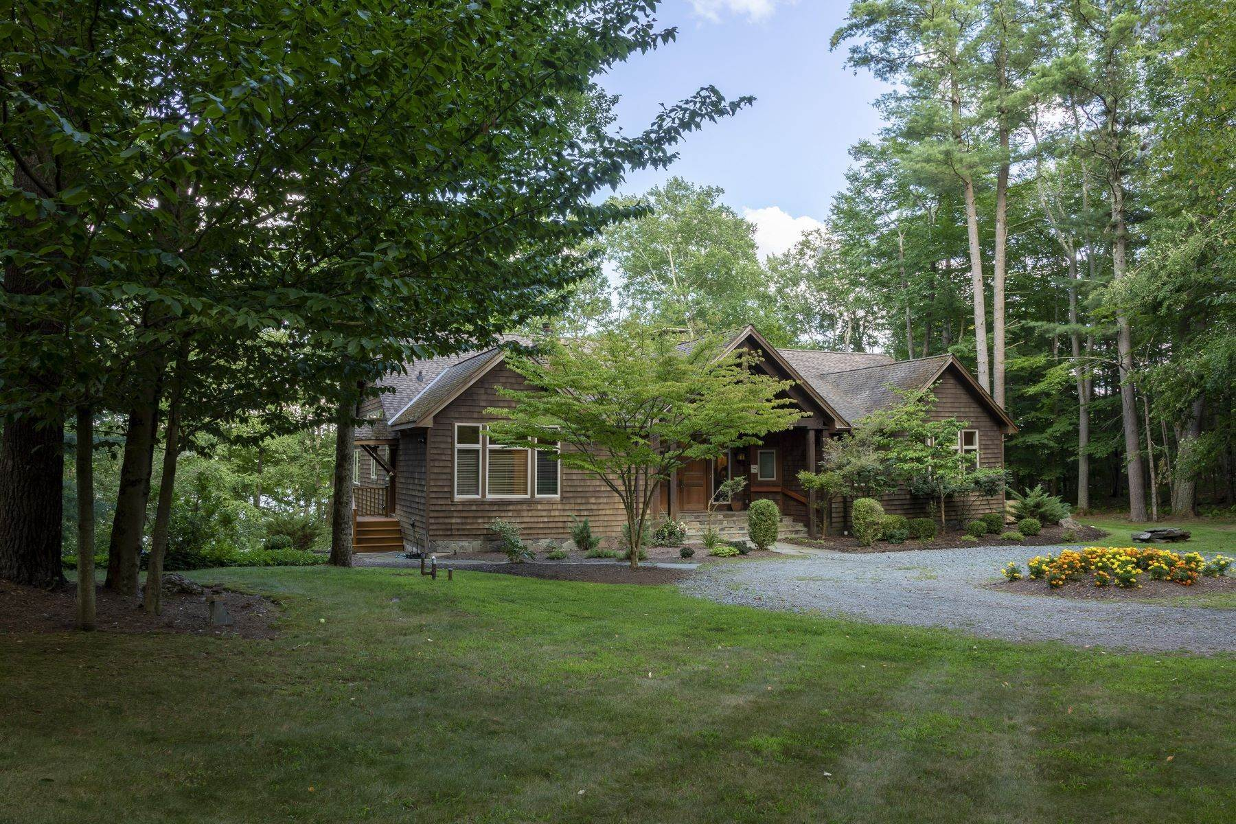 42. Single Family Homes for Sale at Eagle's Nest at the Chapin Estate 201 Sunset Point White Lake, New York 12786 United States