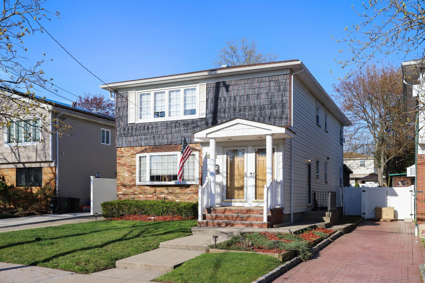 Multi-Family Homes for Sale at Turn Key 6 over 6 Great Kills Two Family 23 Fern Avenue Staten Island, New York 10308 United States