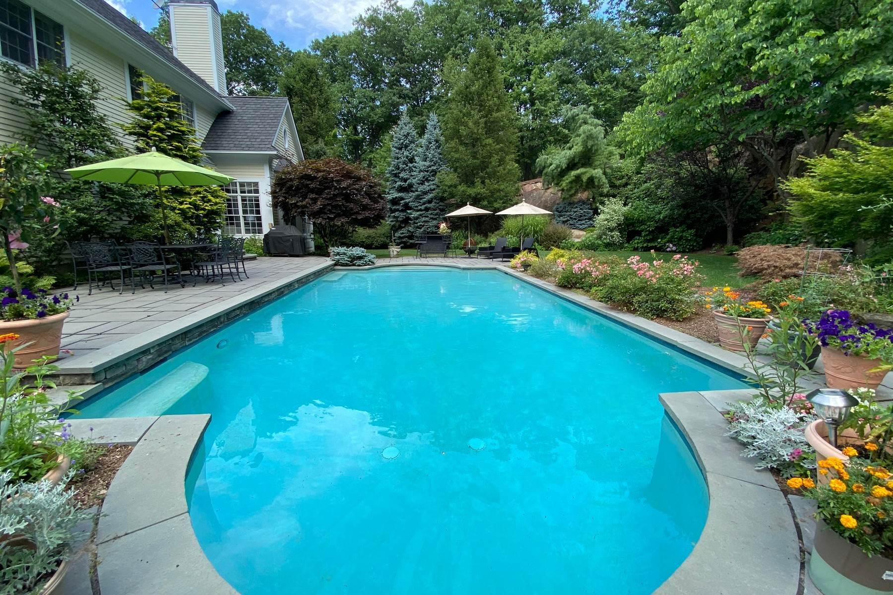 Single Family Homes for Sale at Private Paradise with Views 21 Arrowcrest Drive Croton On Hudson, New York 10520 United States