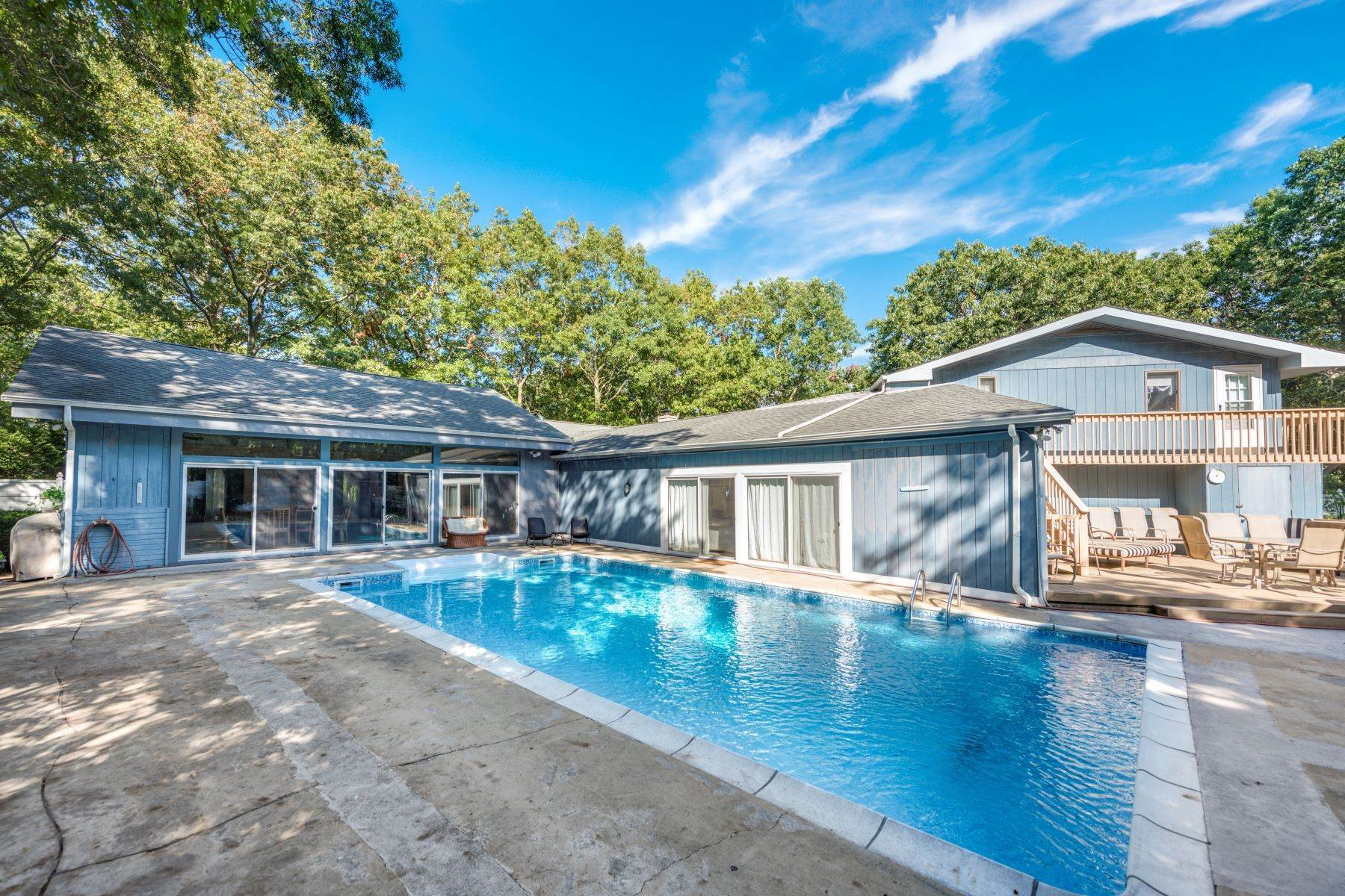Single Family Homes for Sale at 8 Delacey Ave, E. Quogue, Ny, 11942 8 Delacey Ave East Quogue, New York 11942 United States