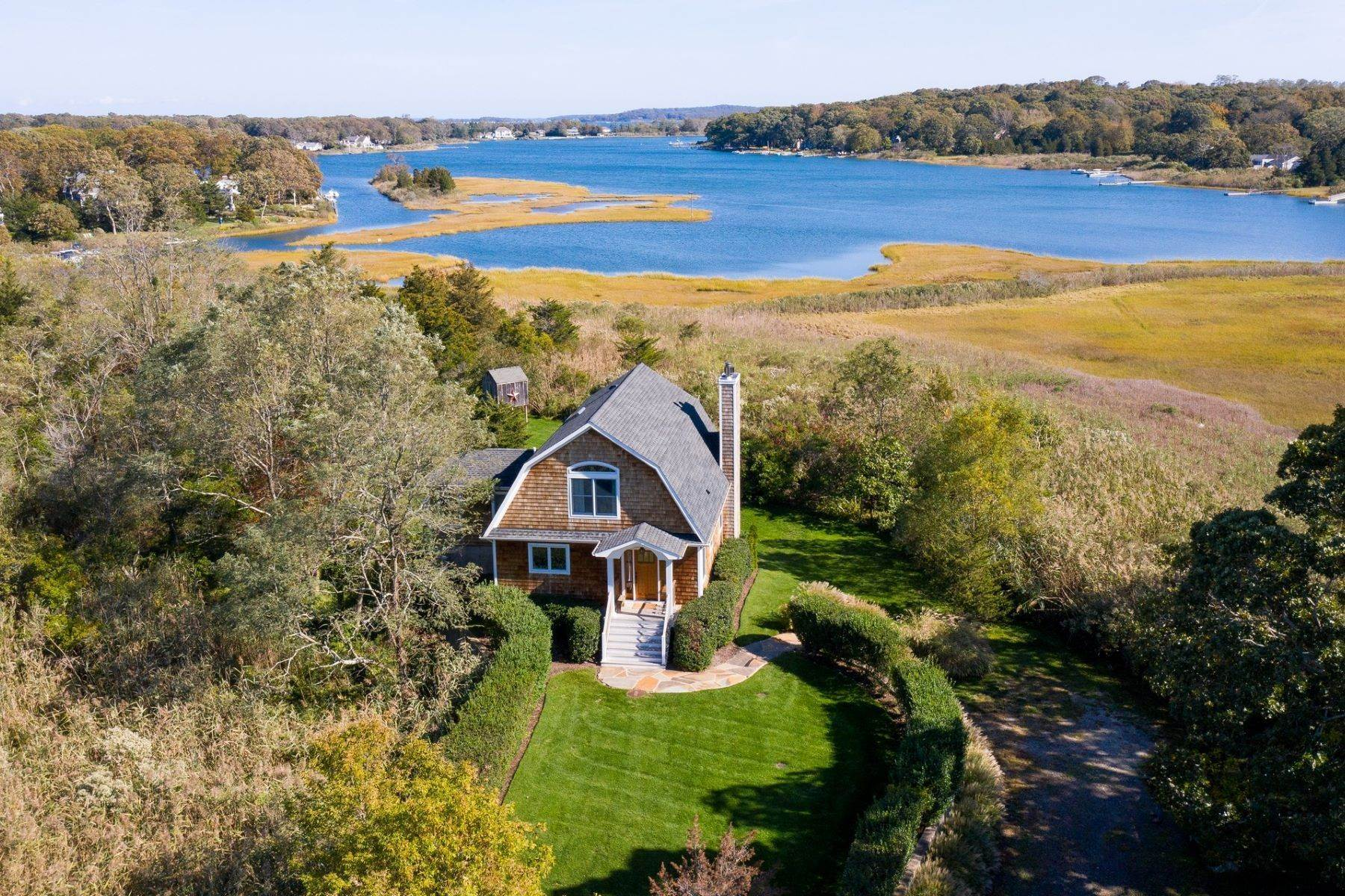 Single Family Homes for Sale at 5503 Main Bayview Avenue, Southold, Ny, 11971 5503 Main Bayview Avenue Southold, New York 11971 United States