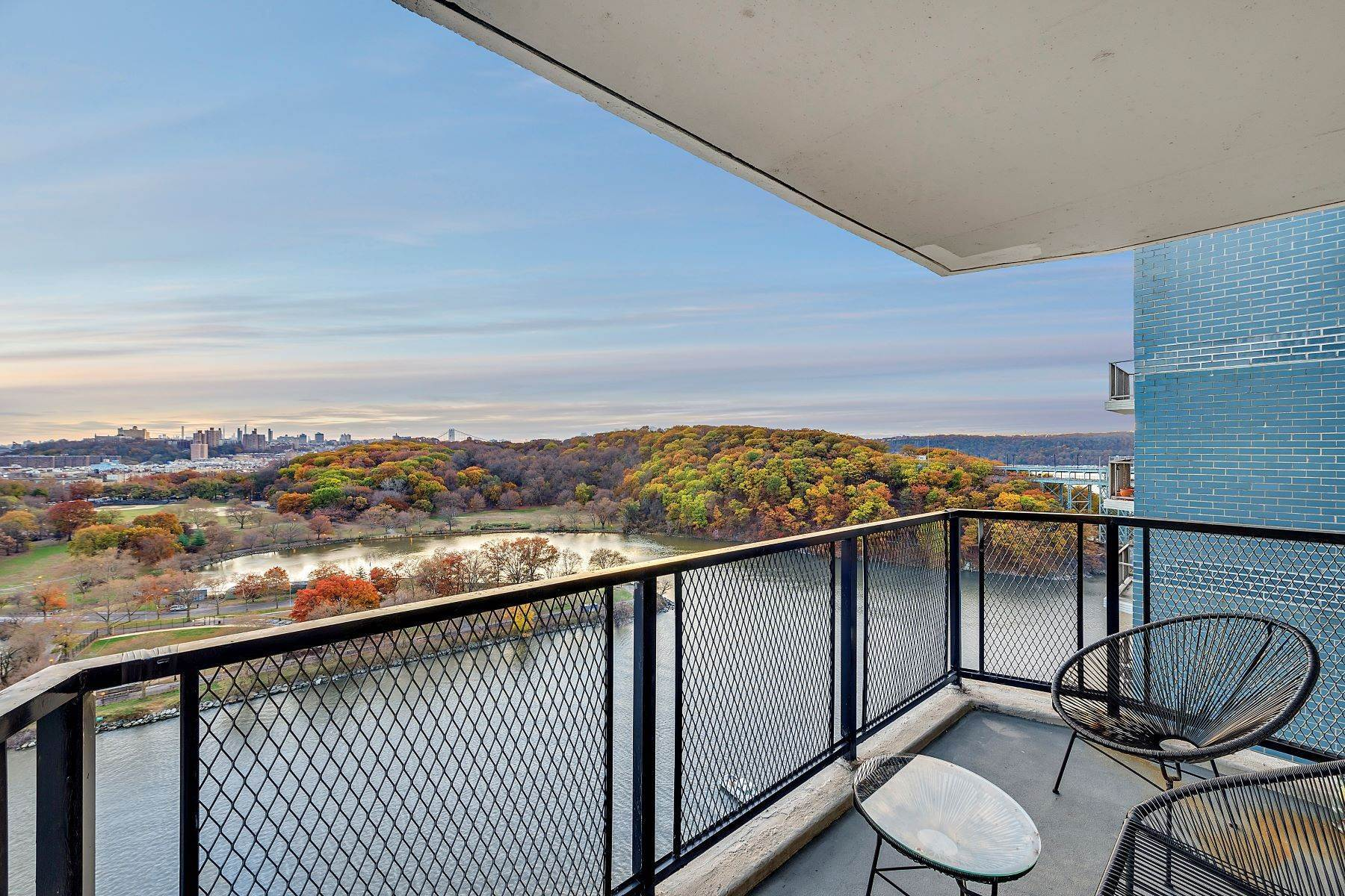 Co-op Properties for Sale at Sunny One Bedroom with Iconic Views 2400 Johnson Avenue, Apt 12H Bronx, New York 10463 United States