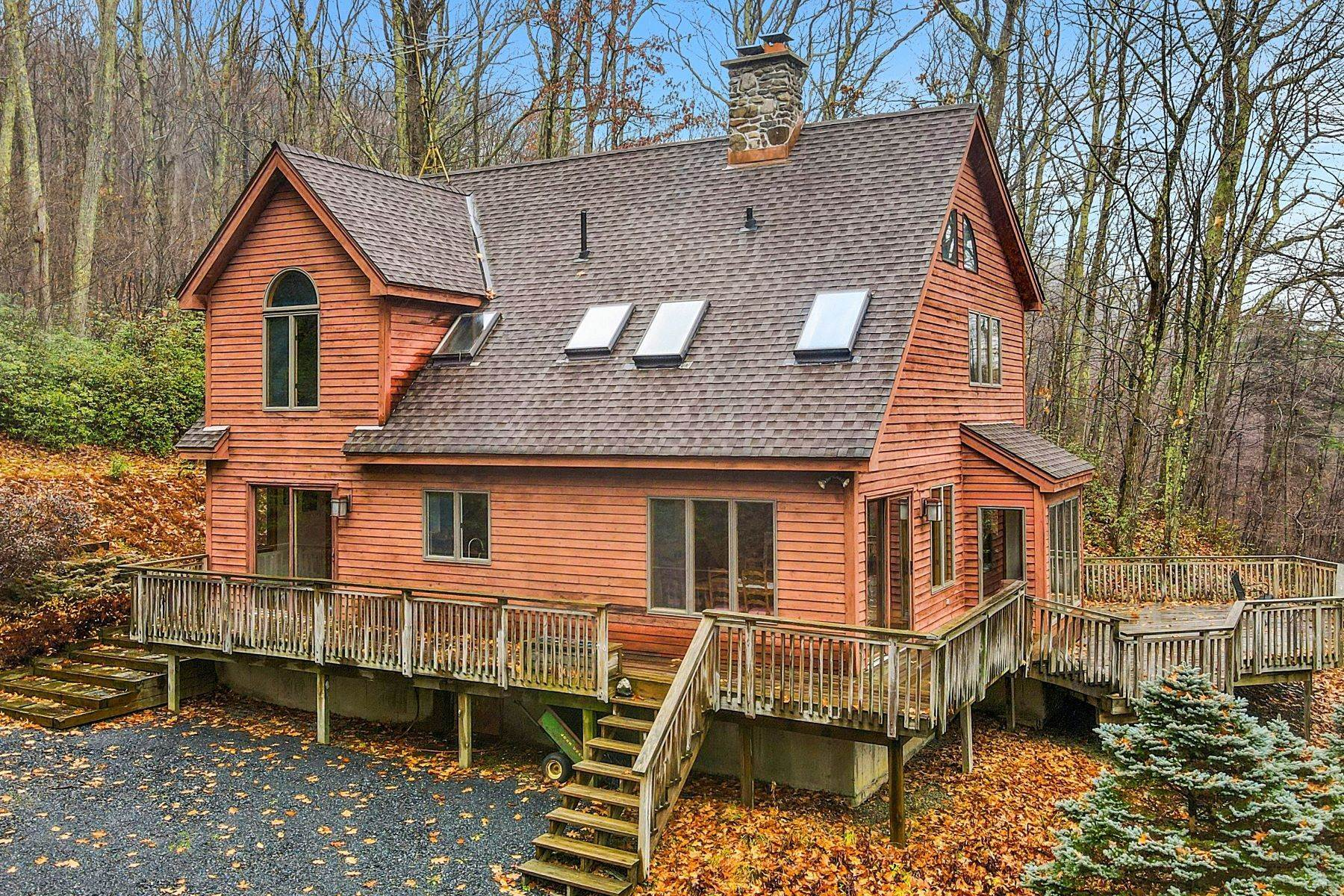 2. Single Family Homes for Sale at Secluded Mountain Top Post & Beam 35 Stone Ledge Rd Hillsdale, New York 12529 United States