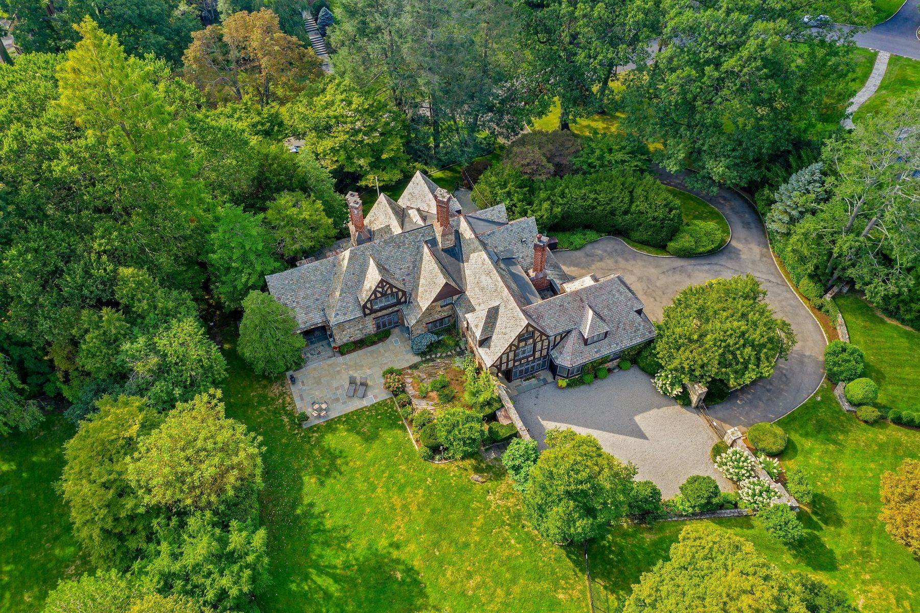 Single Family Homes for Sale at Welcome To 6 Beechwood Road 6 Beechwood Road Bronxville, New York 10708 United States