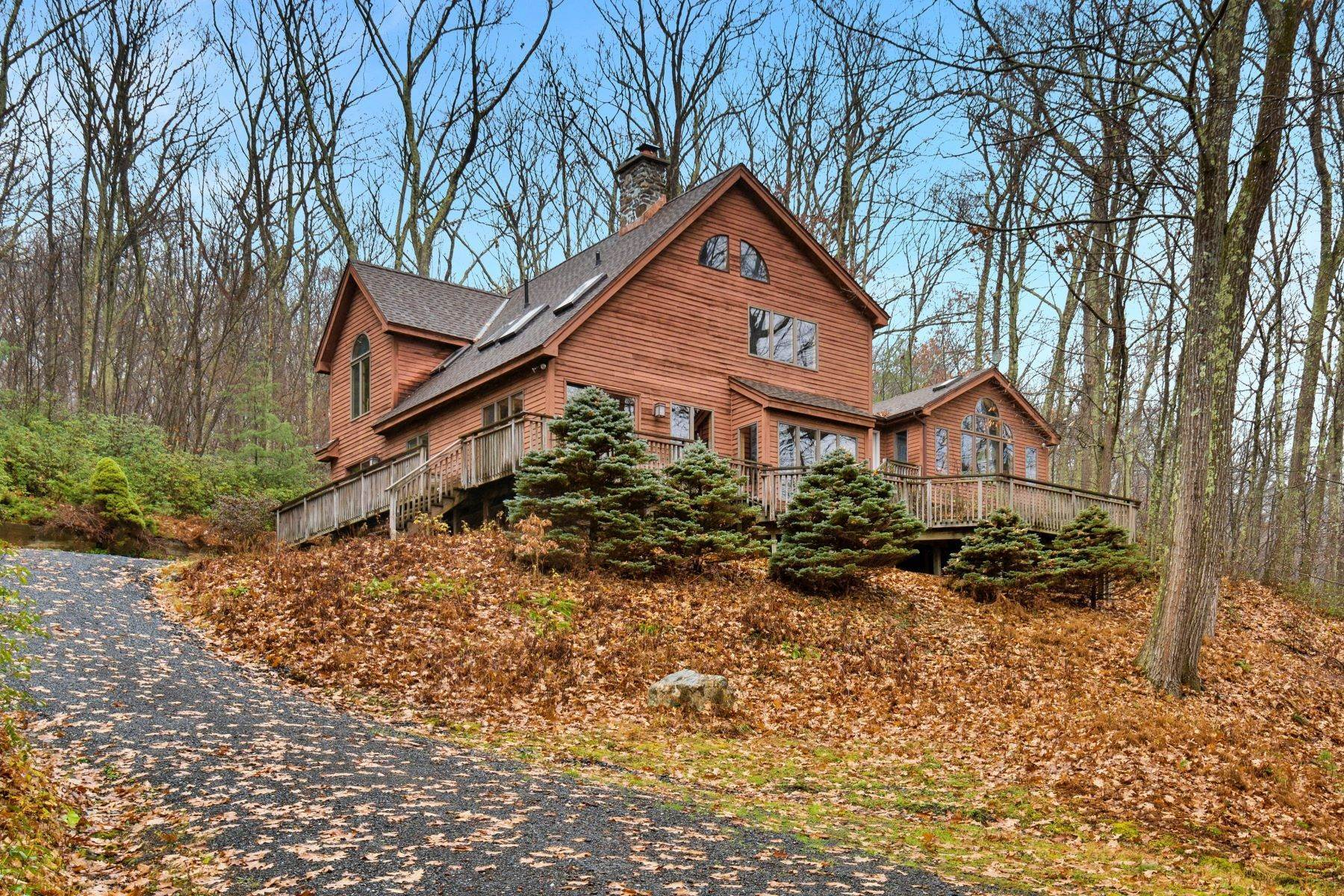 29. Single Family Homes for Sale at Secluded Mountain Top Post & Beam 35 Stone Ledge Rd Hillsdale, New York 12529 United States