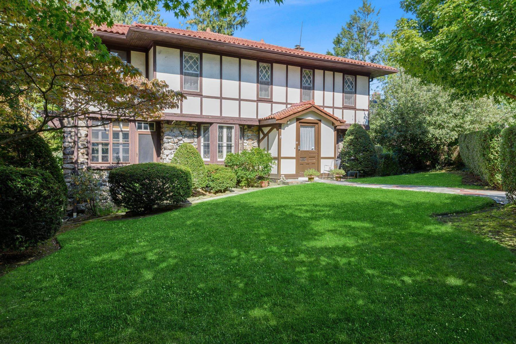 Single Family Homes for Sale at 15 Aka 27 Chatfield Road Bronxville, New York 10708 United States