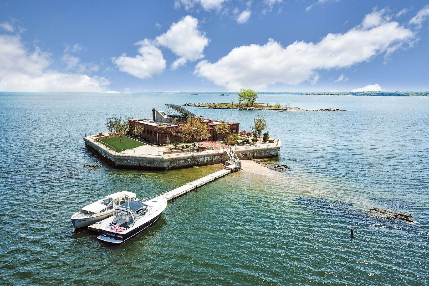 Private Islands for Sale at Columbia & Pea Islands 1 Columbia Island New Rochelle, New York 10805 United States