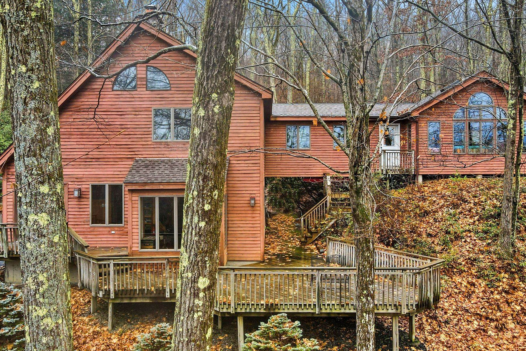 3. Single Family Homes for Sale at Secluded Mountain Top Post & Beam 35 Stone Ledge Rd Hillsdale, New York 12529 United States