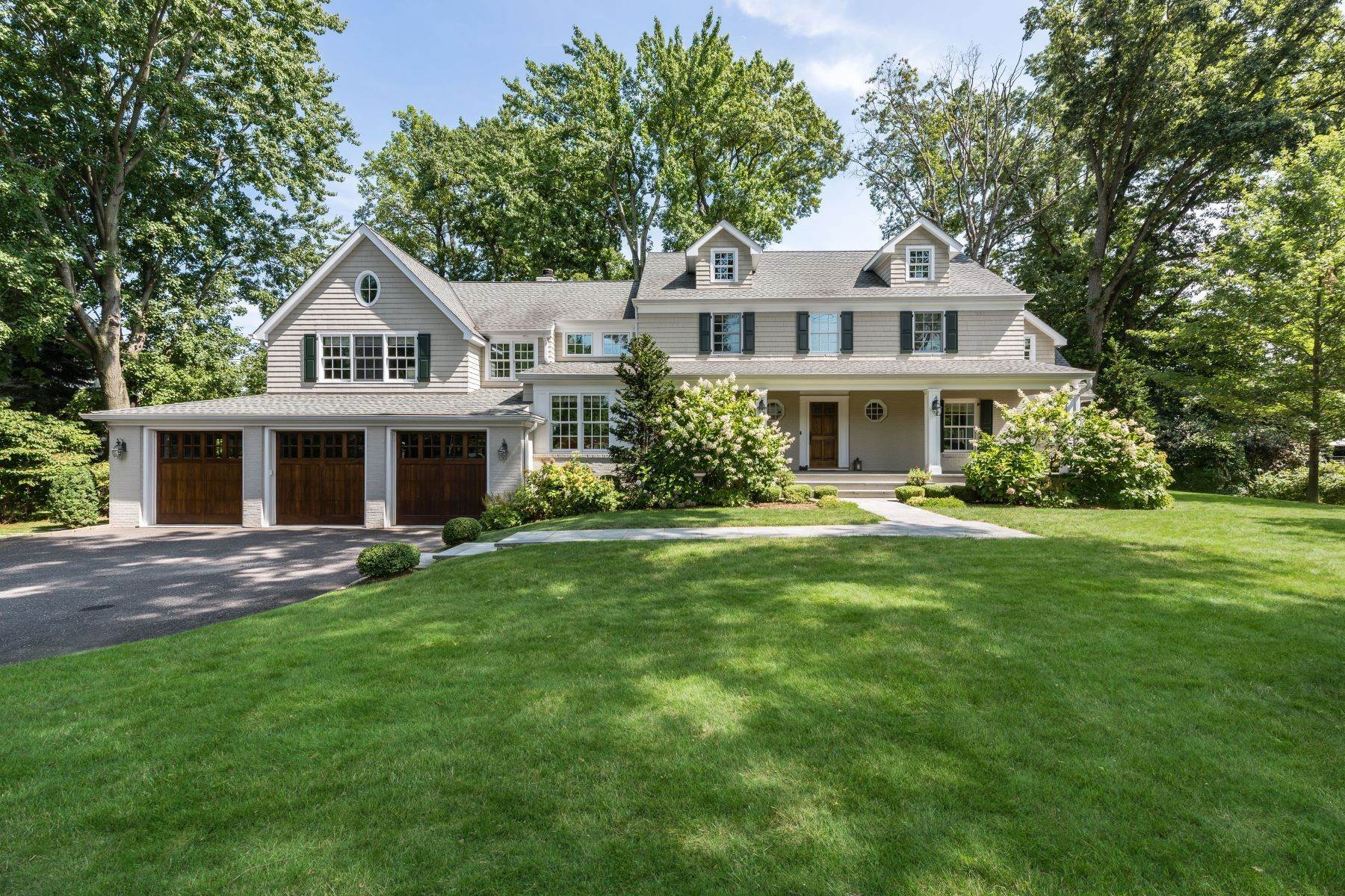 Single Family Homes for Sale at Attractive Home Offering Comfort and Elegance 221 Griffen Avenue Scarsdale, New York 10583 United States