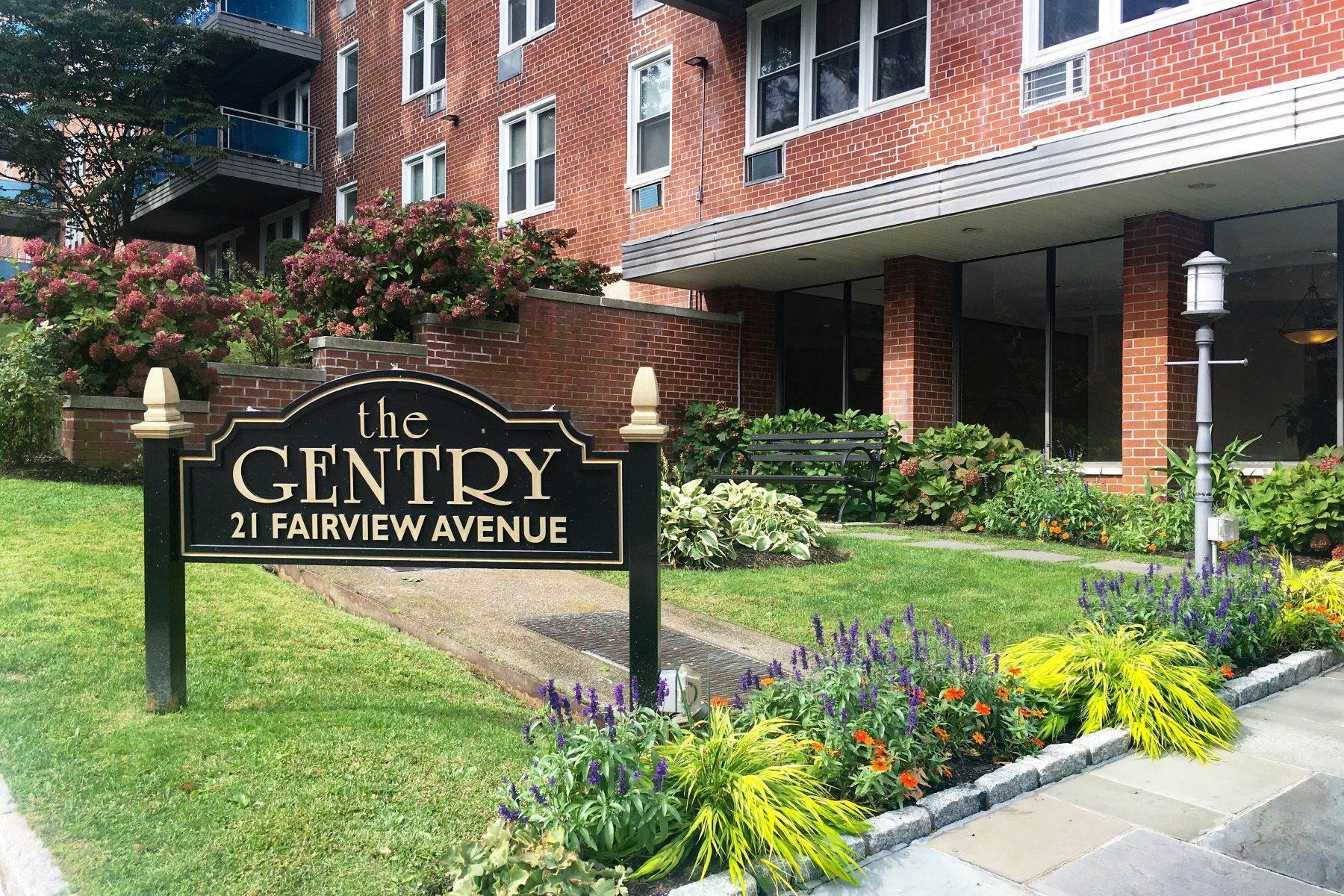 Co-op Properties for Sale at Beautifully Updated Co-op in Prime Tuckahoe Location 21 Fairview, 318 Tuckahoe, New York 10707 United States