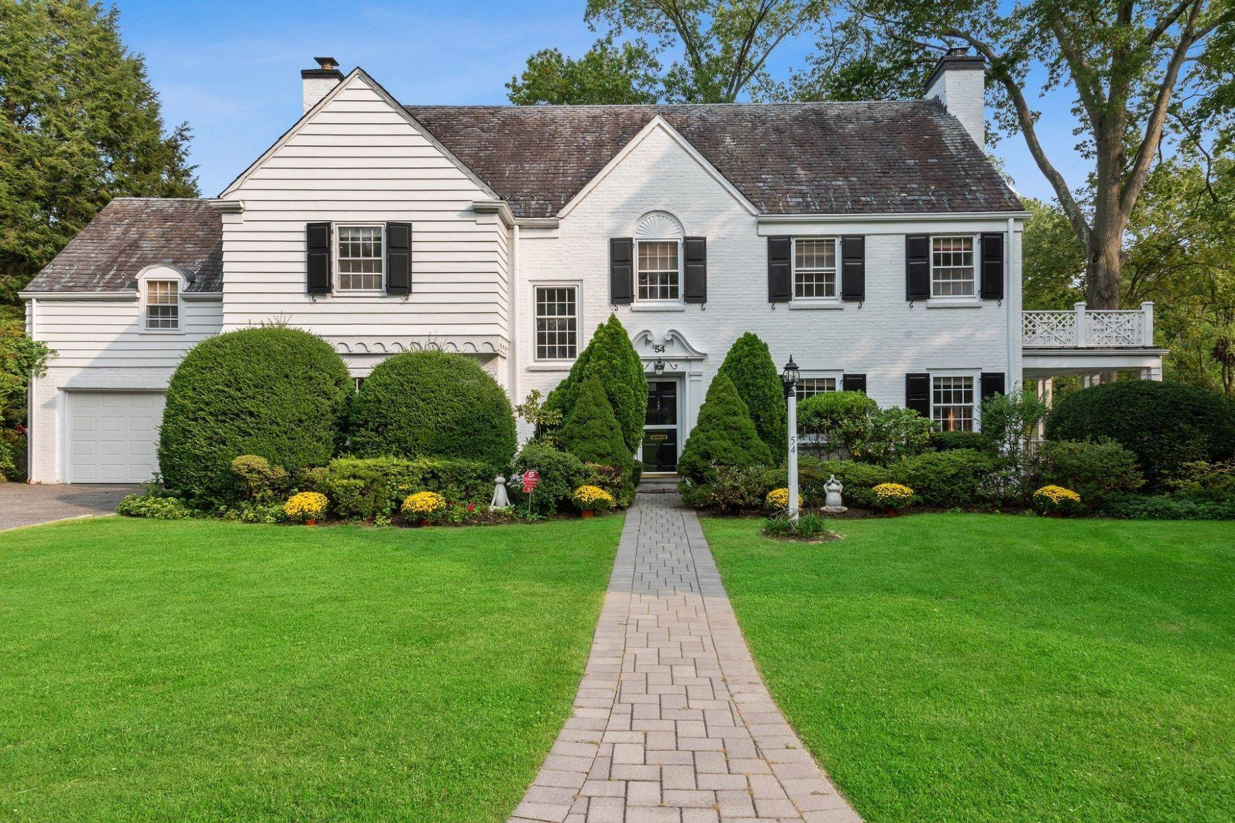 Single Family Homes for Sale at Natural Beauty Abounds on this Park Like Property 54 Tisdale Road Scarsdale, New York 10583 United States